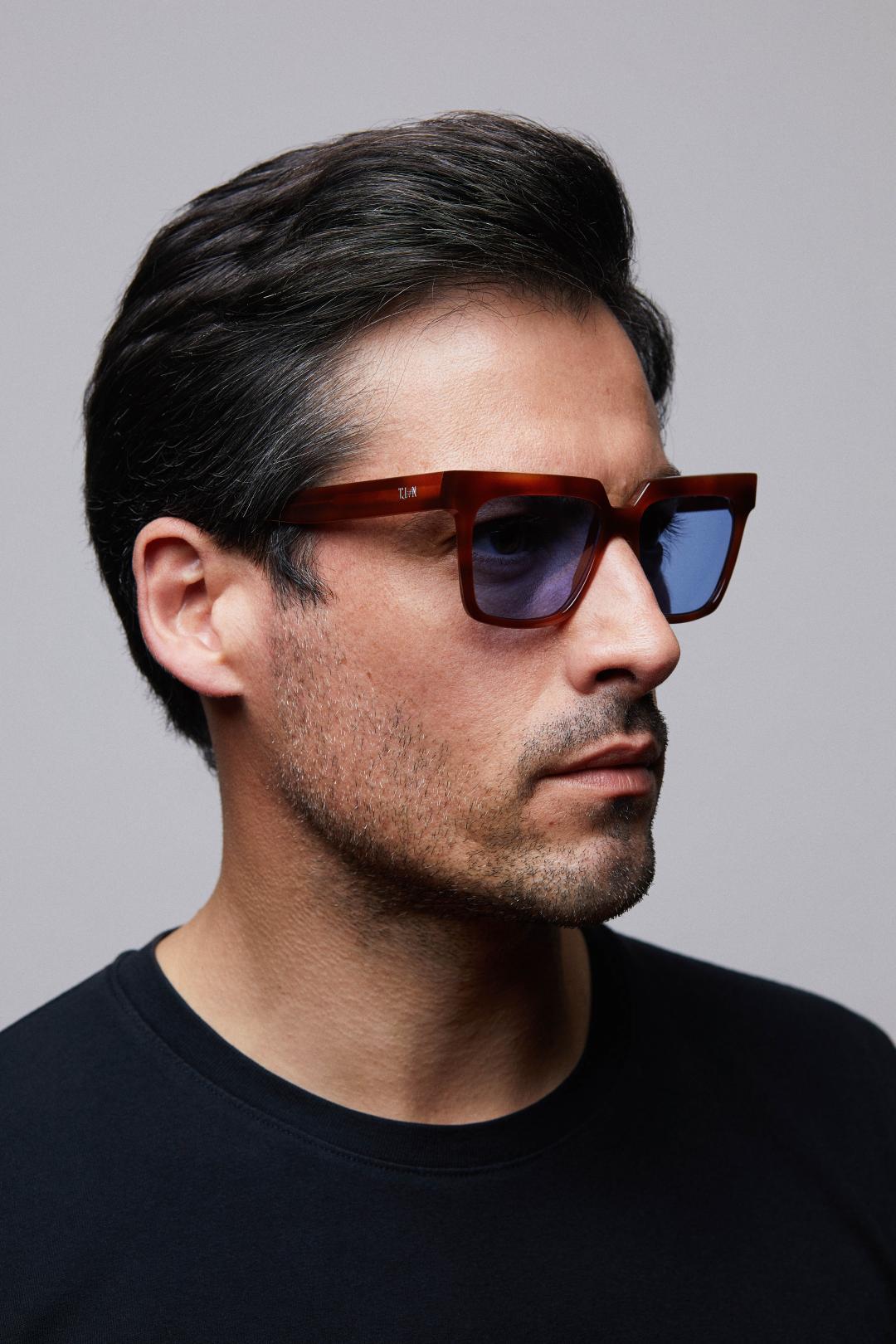 João Pedro para Tian Sunglasses